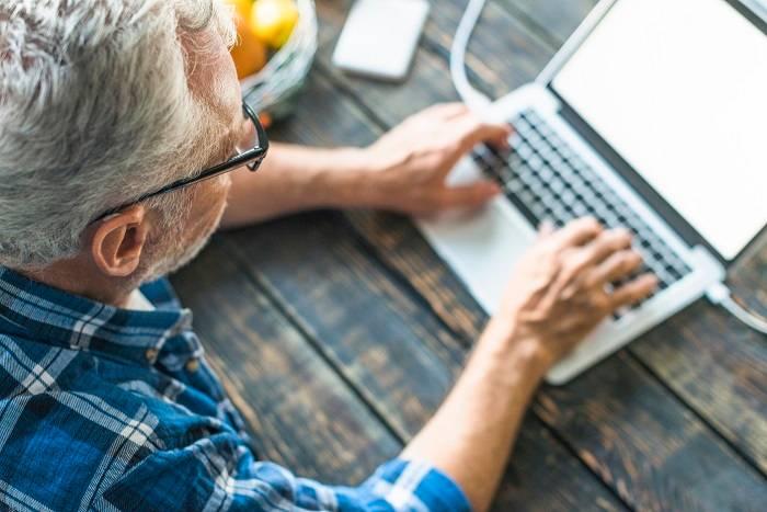 10 Critical Online Marketing Tips for Seniors